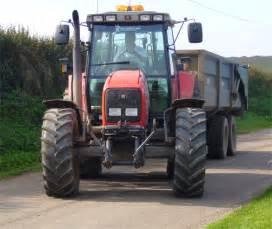 tracteur Massey Ferguson 373