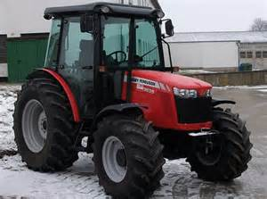 tracteur Massey Ferguson 4235