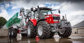tracteur Massey Ferguson 5711