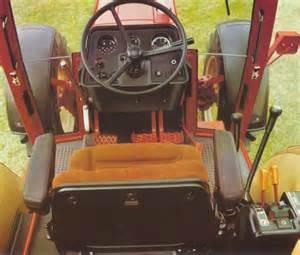 tracteur IH 1056