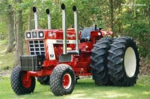 tracteur IH 1468