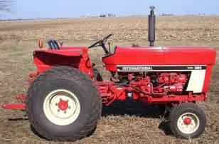 tracteur IH 284