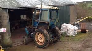 tracteur IH 4100