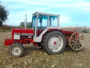 tracteur IH 554