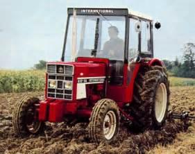 tracteur IH 645