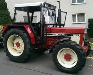 tracteur IH 745