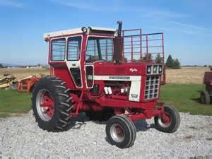 tracteur IH 966