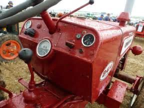 tracteur IH B-414