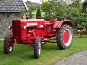 tracteur IH D-214