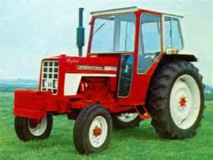 tracteur IH HYDRO 84