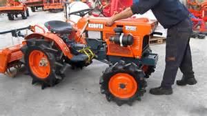 tracteur Kubota B7001