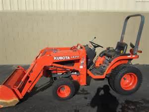tracteur Kubota B7400