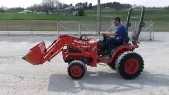tracteur Kubota B7500