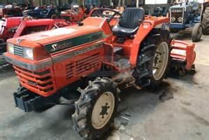 tracteur Kubota L1-245
