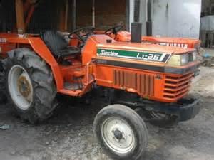 tracteur Kubota L1-26