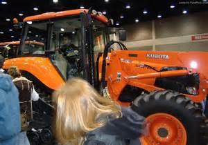 tracteur Kubota M115D