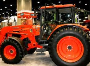 tracteur Kubota M135A