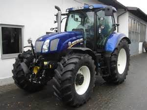 tracteur New Holland 1215