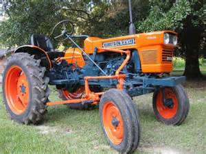 tracteur New Holland 1520
