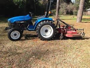 tracteur New Holland 1725