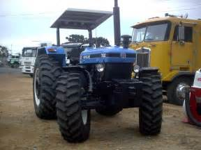 tracteur New Holland 7630