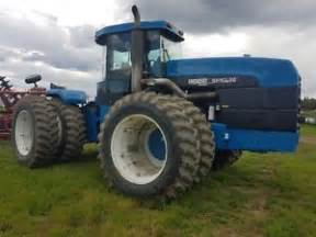 tracteur New Holland 9682