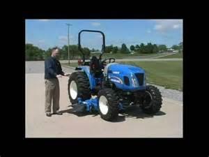 tracteur New Holland BOOMER 46D