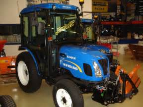 tracteur New Holland BOOMER 50