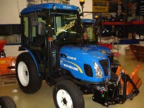 tracteur New Holland BOOMER 50
