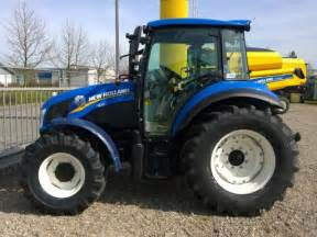 tracteur New Holland T4.95