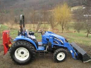 tracteur New Holland TC35