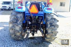 tracteur New Holland TC48DA