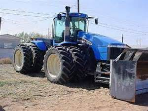 tracteur New Holland TJ375