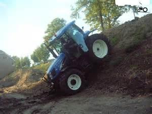tracteur New Holland TS100A