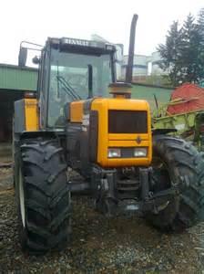tracteur Renault 145-54