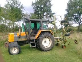tracteur Renault 68-12 RS