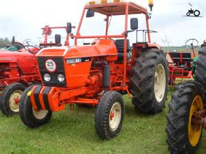 tracteur Renault 86