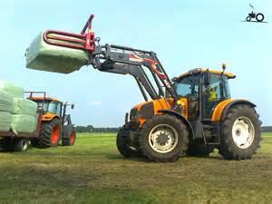 tracteur Renault ARES 640