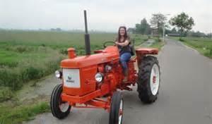 tracteur Renault SUPER 2D