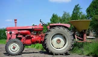 tracteur Renault SUPER 6D
