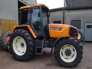tracteur Renault TEMIS 650