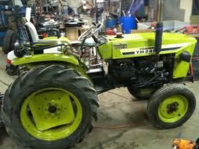 tracteur Yanmar YM240