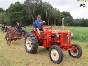 tracteur Zetor 25A