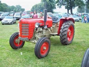 tracteur Zetor 3011