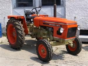 tracteur Zetor 4911
