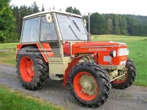 tracteur Zetor 6748