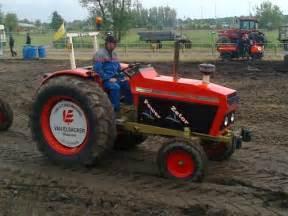 tracteur Zetor 7211