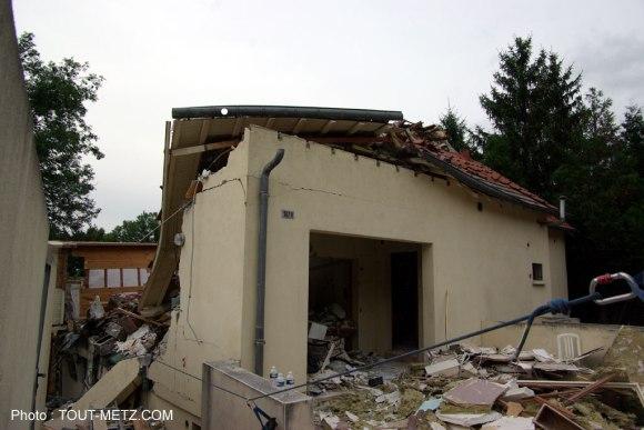 La maison de 3 niveaux a été soufflée par l'explosion - Photo : Tout-Metz.com