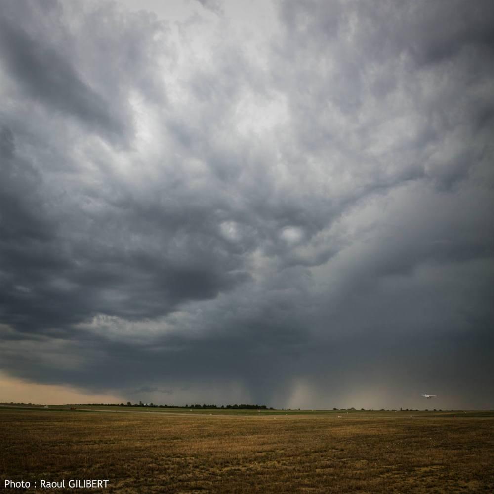 ciel menacant orage 1100