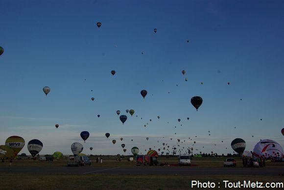 montgolfiere-LMAB-2015-chambley1100--IMGP1912